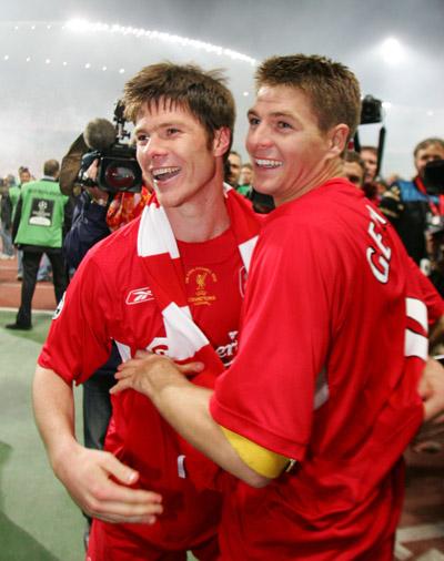 Xabi Alonso y Gerrard - Liverpool