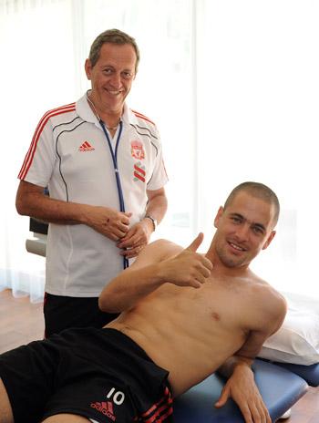 [Mercato officiel 2010/2011] en Images (pas de commentaires) Colemed8